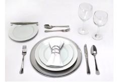 Etiqueta y Practica de Mesa, Comportamiento en Eventos como: Cocteles, Bufetes...